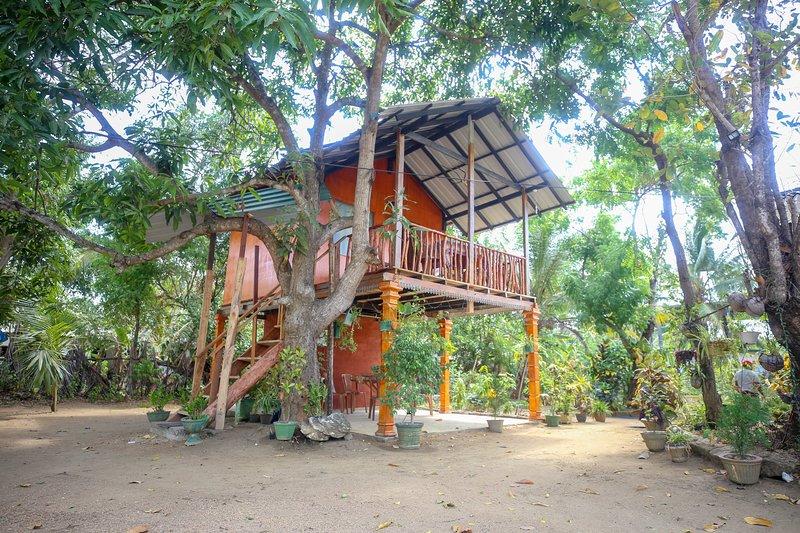Neverbeen to Sigiriya Tree Hut – semesterbostad i Polonnaruwa
