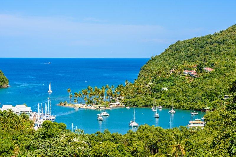 Marigot Bay villa - stunning seaview near the beach, alquiler de vacaciones en bahía de Marigot