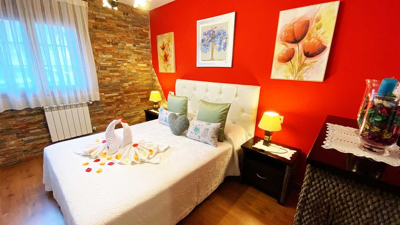 CASA RURAL DEL VALLE OBESO 1 - CON   MAR Y  PLAYA, vacation rental in Buelna