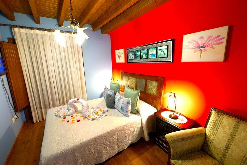 CASA RURAL DEL VALLE OBESO 2 - CON   MAR Y  PLAYA, vacation rental in Buelna