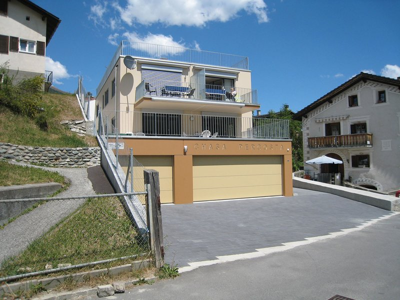 Ferienwohnung Chasa Percosta, location de vacances à Scuol