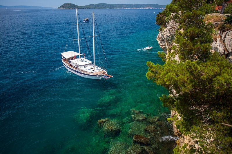 Gulet San - Discover Croatian Islands on board of affordable gulet San!, holiday rental in Split