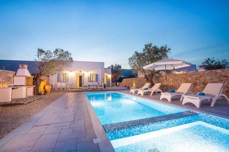 Kalathos Blue Dream, holiday rental in Charaki