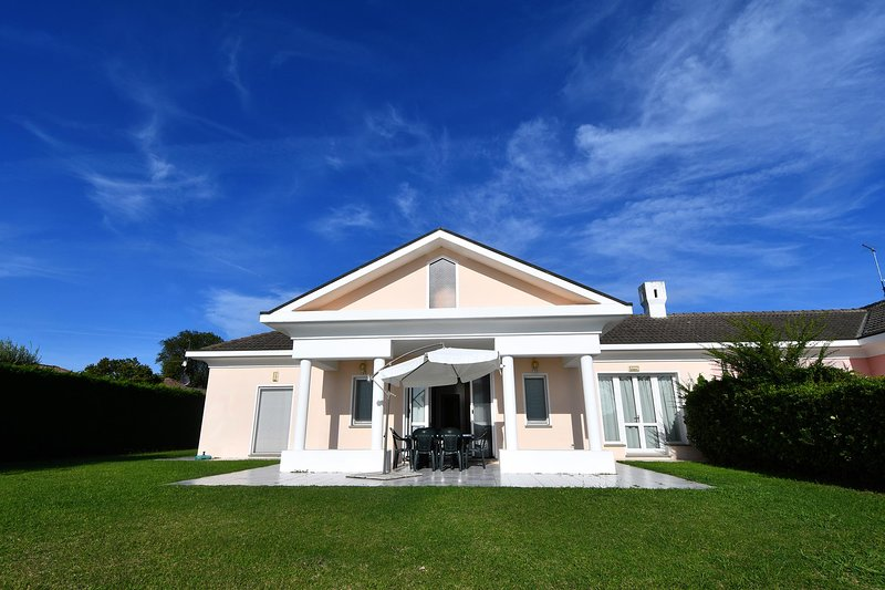 IVE0304 Villa Prodige, vacation rental in Adria