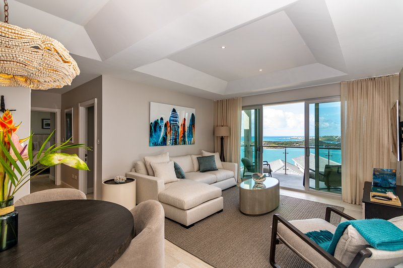 Aventurine Suite, Ocean View, Secluded Beach, Pool, Gym, Gated Community, Secure, vacation rental in St. George's