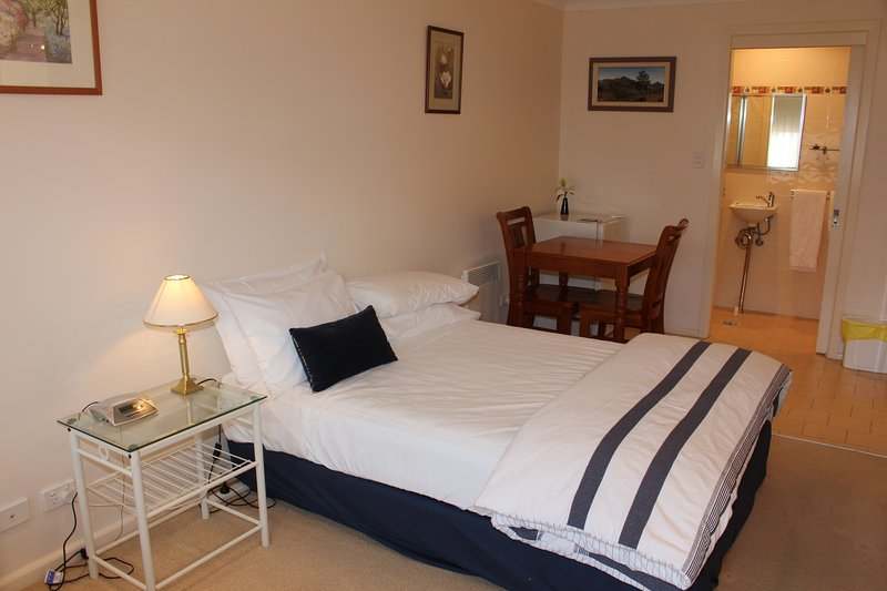 Leura Fairways West, holiday rental in Woodford