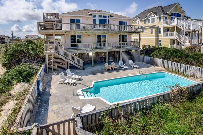 Mermaid's Lair | Oceanfront | Private Pool, Hot Tub | Nags Head, holiday rental in Wanchese