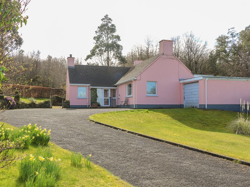 The Pink Bungalow, Ballycastle, holiday rental in Cushendun