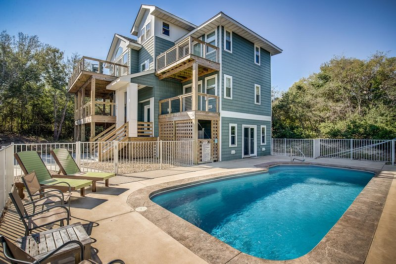 OBX Dream (House) | 1920 ft from the Beach | Private Pool | Southern Shores, alquiler de vacaciones en Southern Shores