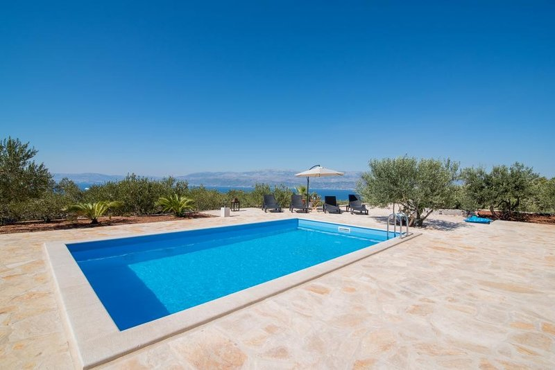 My Summer House - Two-Bedroom Holiday Home with Private Pool and Terrace, vacation rental in Supetar