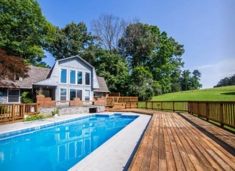 Pool Open through September this year!, holiday rental in Seymour