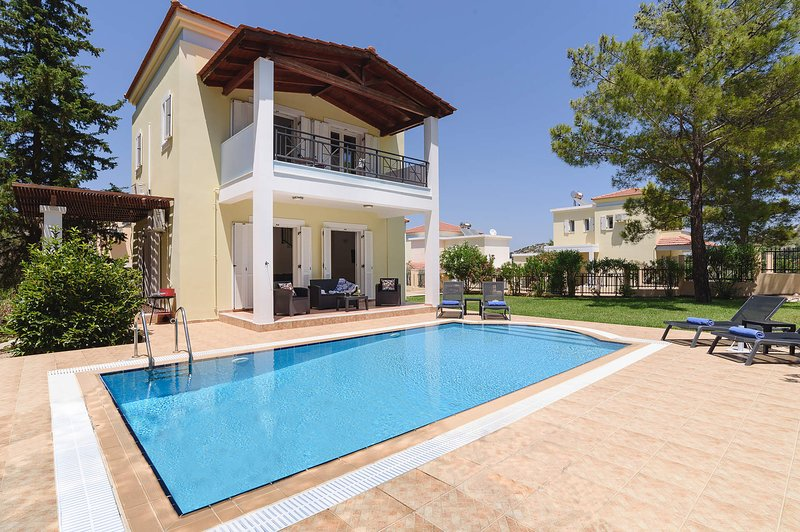 Seven Springs Villa Olympios, holiday rental in Kolympia