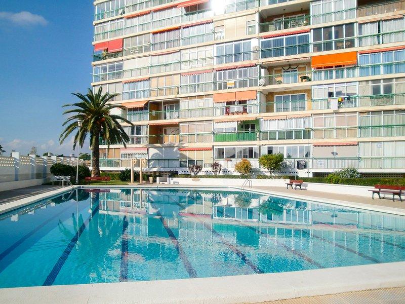 Edificio Comodoro, vacation rental in Sant Joan d'Alacant