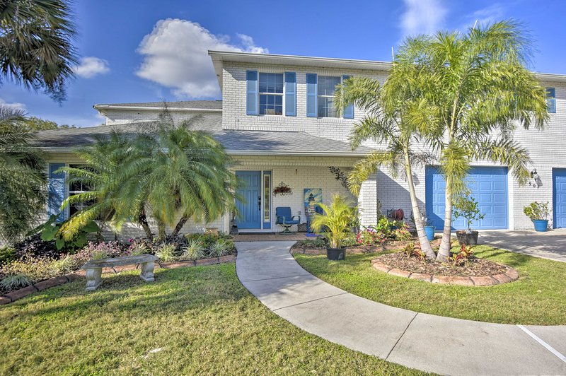 Plan your next Edgewater escape to this updated vacation rental!