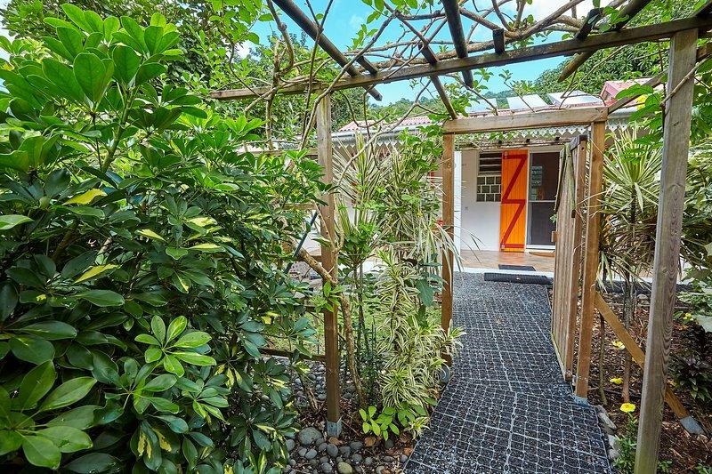 Gîte Soleil***, aluguéis de temporada em Basse-Terre Island