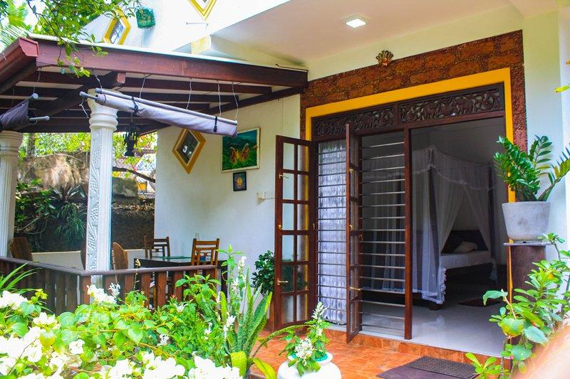 Neverbeen to Jaya's Garden Villa, holiday rental in Induruwa