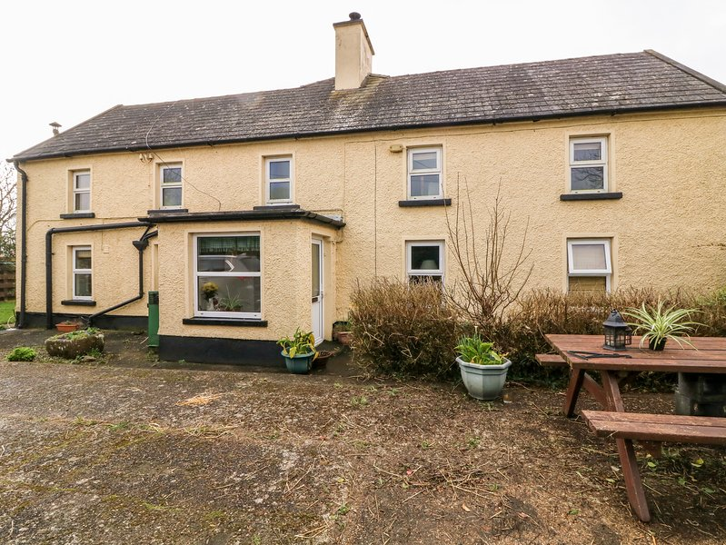 Brandane Cottage, Wellingtonbridge, County Wexford, holiday rental in Hook Head