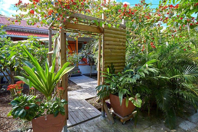 Gîte Espace***, Ferienwohnung in Deshaies