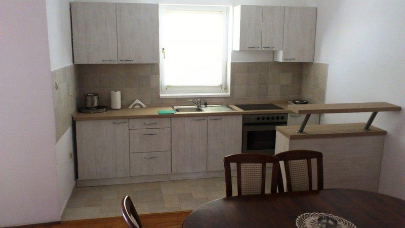Holiday home 160865 - Holiday apartment 195792, location de vacances à Radici