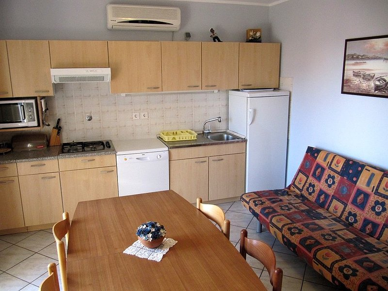 Holiday home 141749 - Holiday apartment 121519, holiday rental in Buzinija