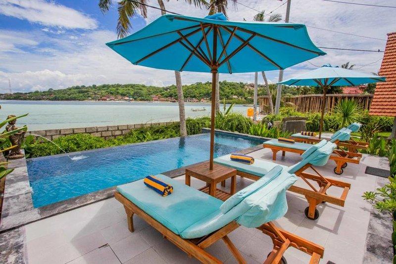 Sunset Room 2 Adult Beach View Nusa Lembongan, casa vacanza a Nusa Ceningan