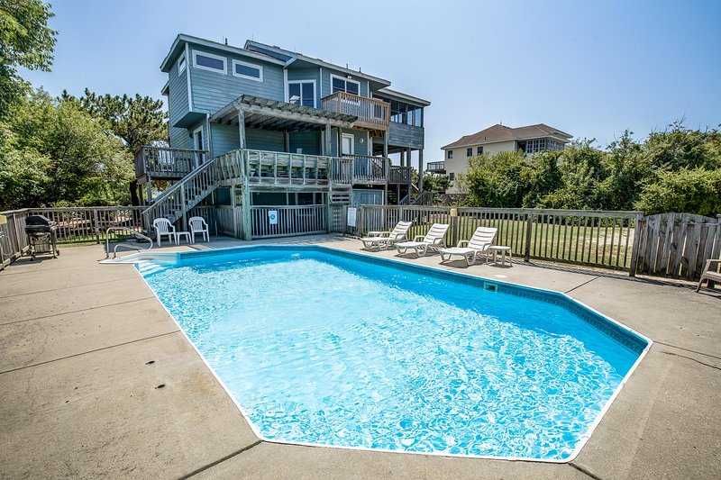 Halcyon | 475 ft from the beach | Dog Friendly, Private Pool, Hot Tub | Corolla, alquiler de vacaciones en Corolla