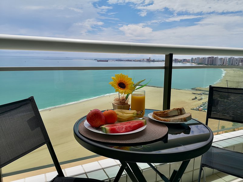 Modern Beachfront Apartment w. Magnificent Seaview, vacation rental in Fortaleza
