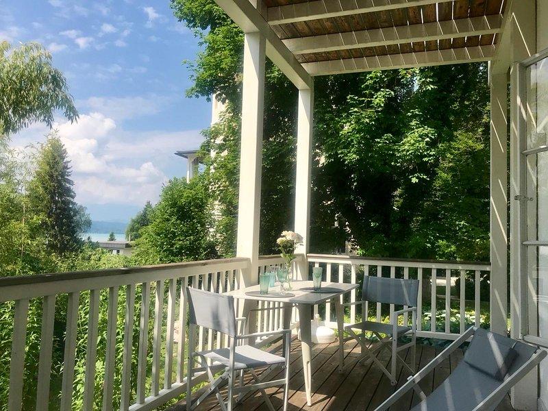 Franziska - Sommerwohnung mit Terrasse & Seezugang, vakantiewoning in Pritschitz