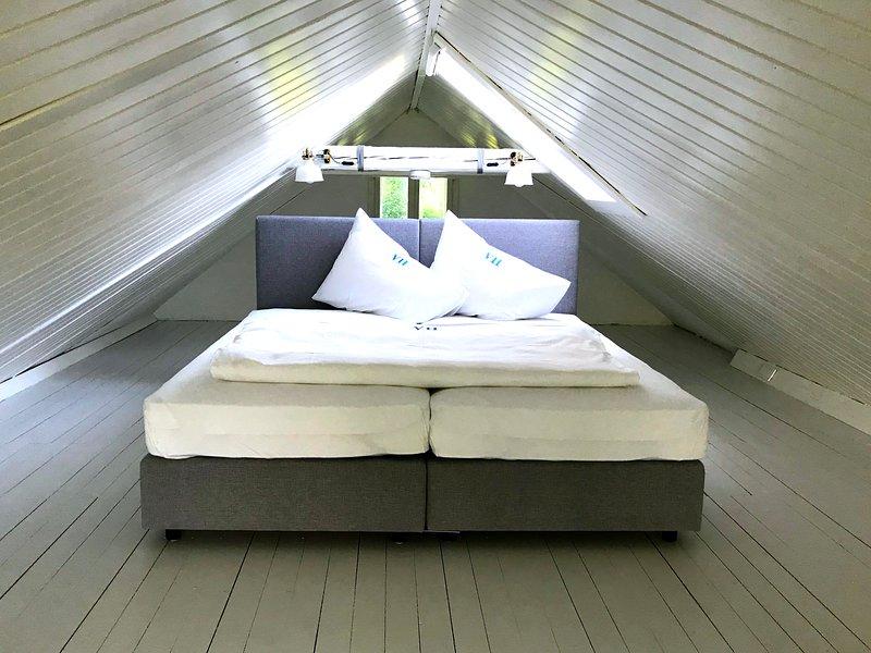 Laurenzia - Sommerwohnung mit Schlafkoje & Seezugang, vakantiewoning in Pritschitz