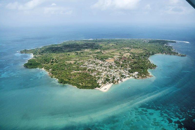 Isla Fuerte Cordoba Catered Oasis, vacation rental in Cartagena