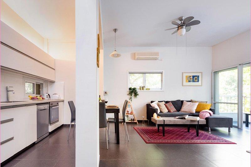 Apartment Edgar, vacation rental in Ramat Gan