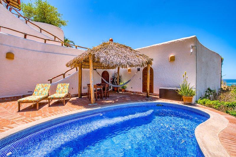 Romantic Retreat, Mins From the Beach, Spectacular Sunsets & Stargazing, alquiler de vacaciones en Escamequita