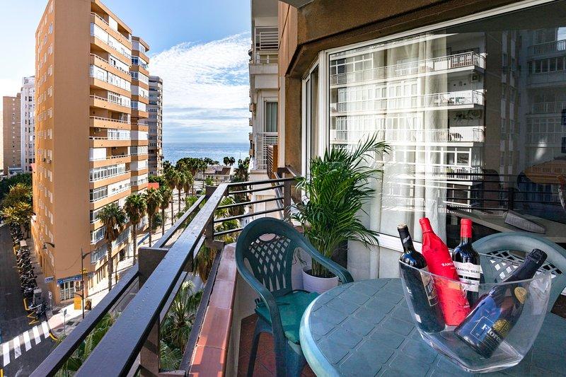 Rentcostadelsol Malagueta-Canovas, vacation rental in Malaga