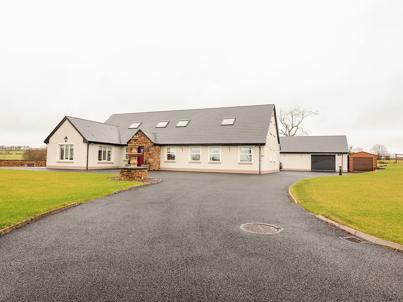 Dairbre Teach, Listowel, County Kerry, vacation rental in Tarbert