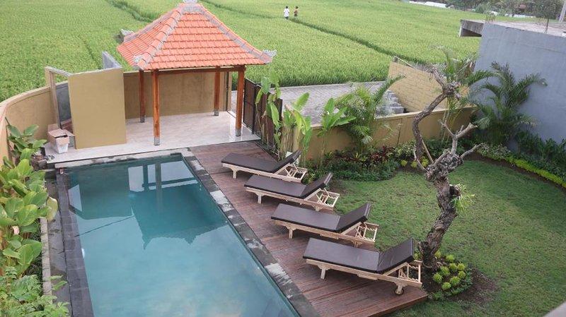 6 BR Private Pool Villa - Breakfast W/Lovely Staff   (jcm64), location de vacances à Mas