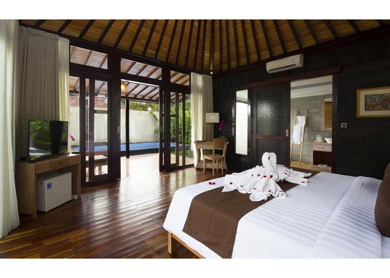 One Bedroom Pool Villa - Breakfast W/Pool View  (Vri58), holiday rental in Bangli