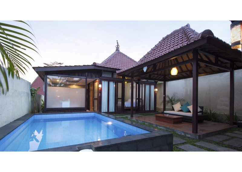 Two Bedroom Private Pool Villa - Breakfast W/Lovely Staff  (vri58), holiday rental in Bangli
