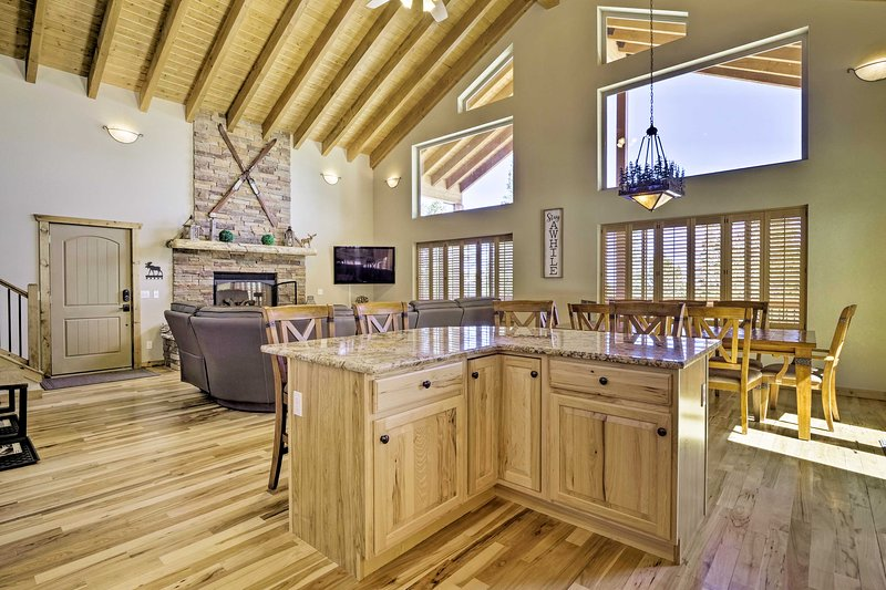 NEW! Event-Friendly Home w/ Game Room & Mtn Views!, holiday rental in Alma