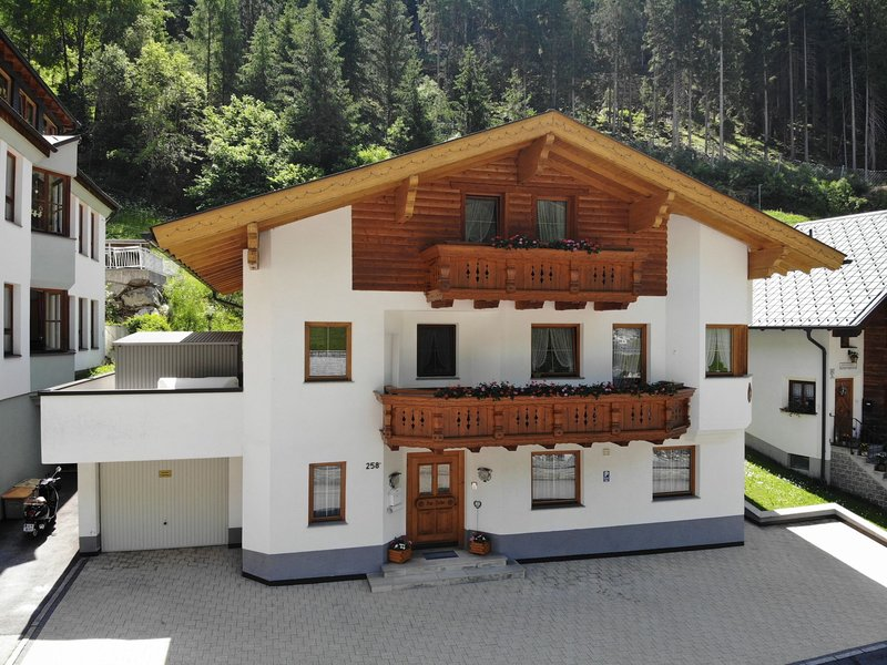 Pircher, holiday rental in See