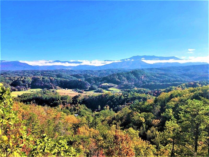 Nature,Outdoors,Mountain,Mountain Range,Tree