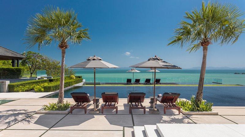 Villa Sawarin - Phuket Luxury Villa with 9 Bedrooms, aluguéis de temporada em Thalang District