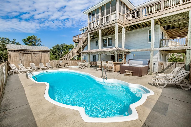 Whalehead Retreat | 1150 ft from the beach | Dog Friendly, Private Pool, Hot Tub, holiday rental in Corolla