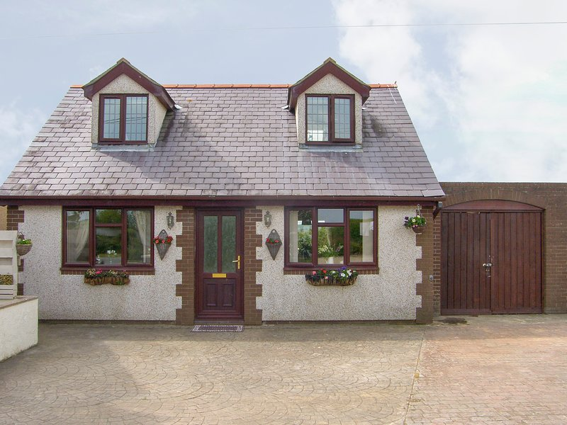 Rhiangwyn Cottage (924957), Cemaes Bay, vacation rental in Rhydwyn