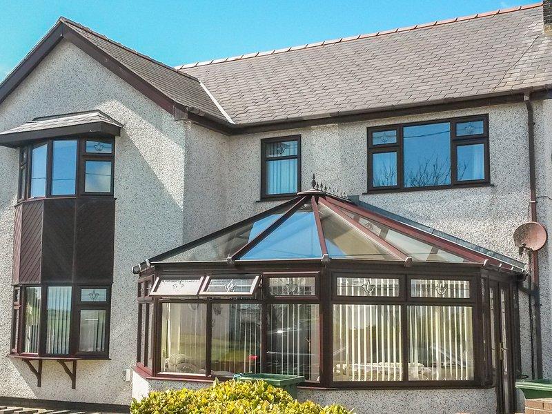 Rhiangwyn (924974), Cemaes Bay, vacation rental in Llanfaethlu