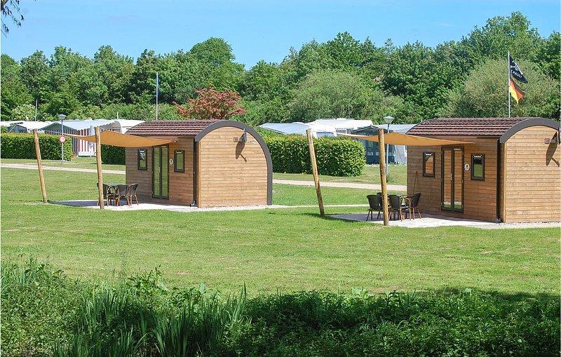 Beautiful home in Süsel with WiFi (DSH052), aluguéis de temporada em Eutin
