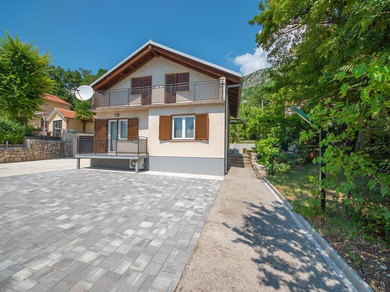 Silvia, holiday rental in Grizane-Belgrad