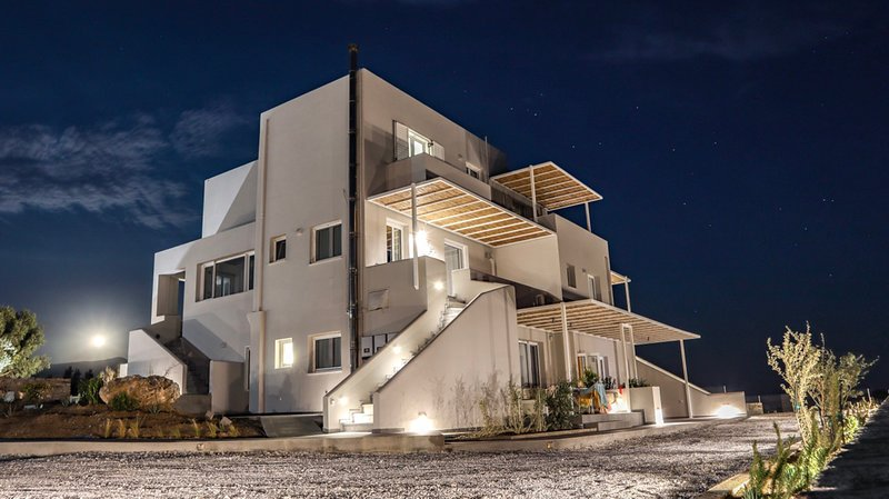 Pharos Apartments - Standard Apartment, holiday rental in Kypri