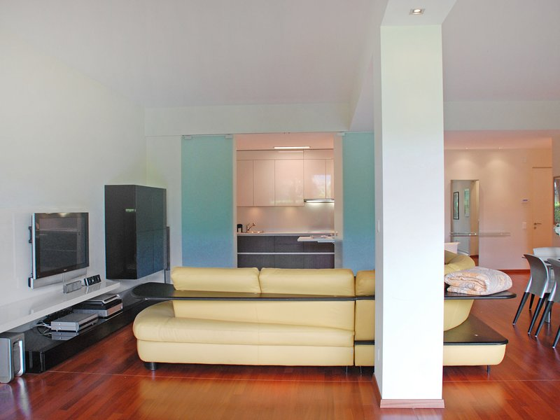 Residenza Majestic, holiday rental in Paradiso