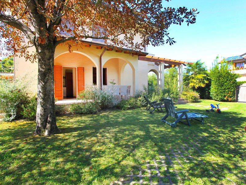 Villa Gino, Ferienwohnung in Forte dei Marmi