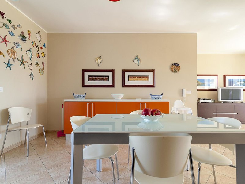 Dimora del PoetaLE*****************, holiday rental in Castrignano del Capo
